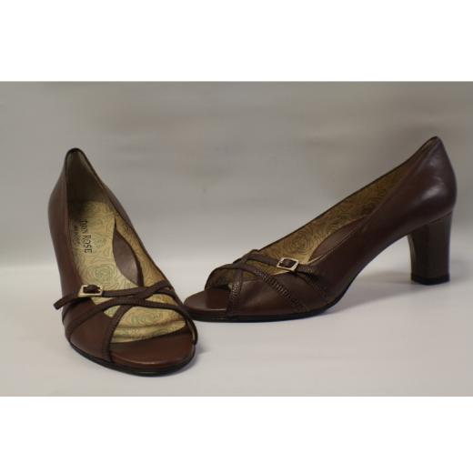 59ab6e9d070c Taryn Rose Women Shoes New Sz 41 Matiell Consignment